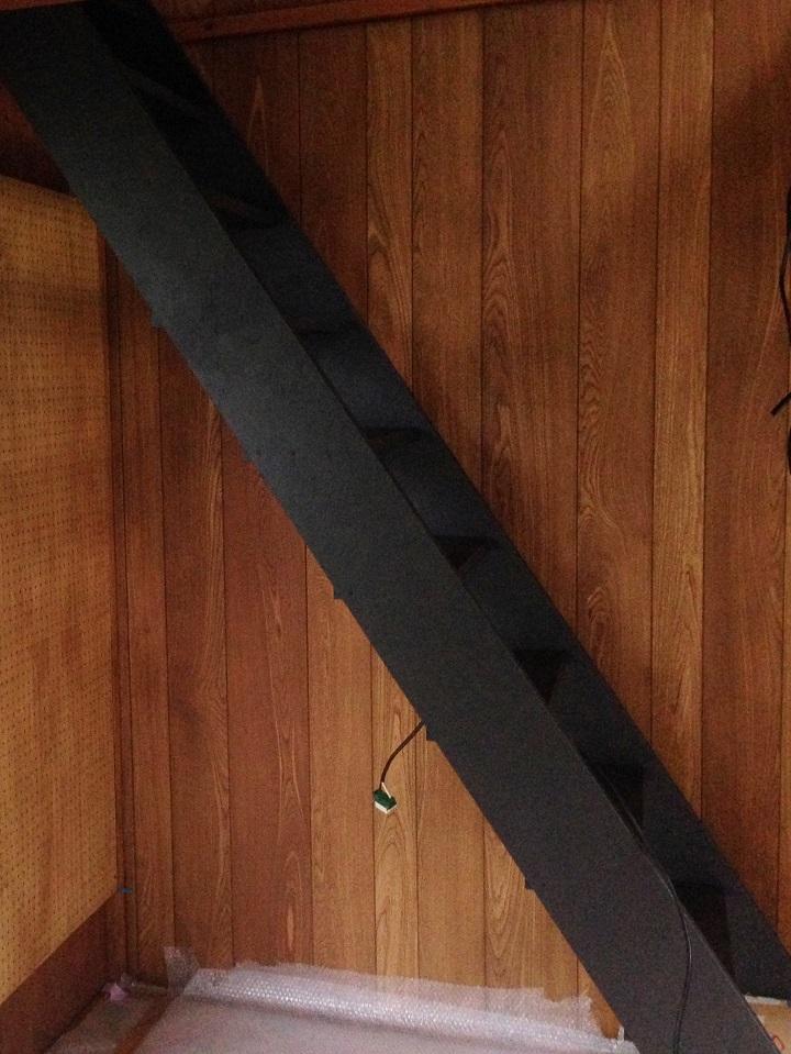 アイアン塗料で塗った階段