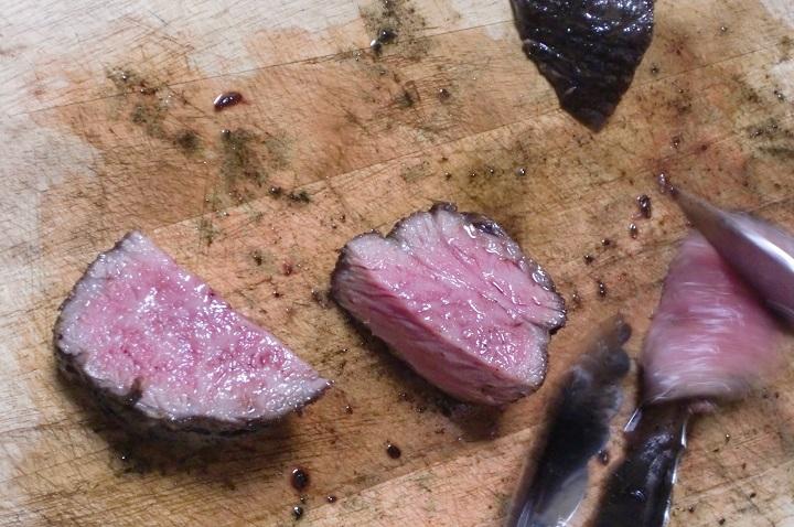 お肉の焼き上がり例