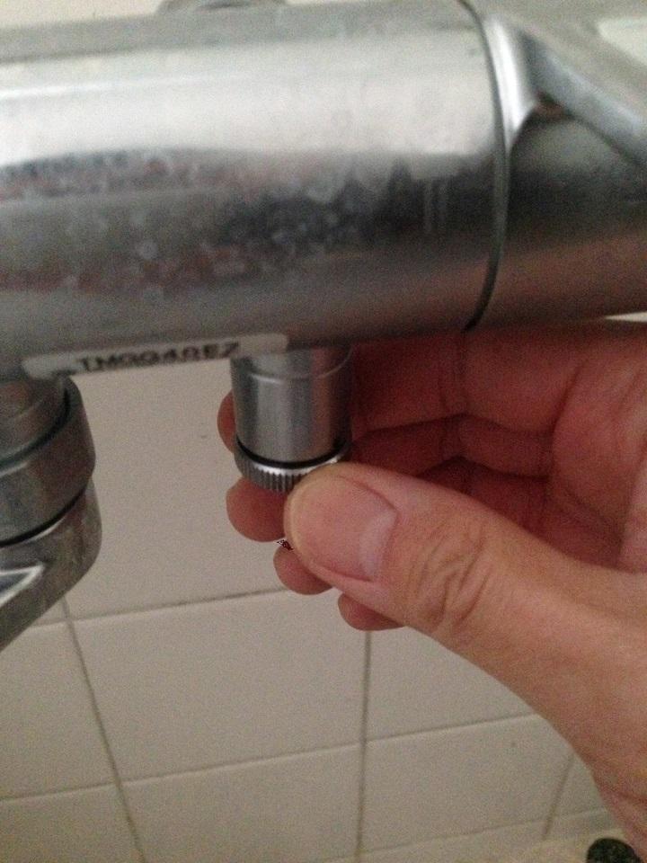 母屋の水栓の水抜き栓