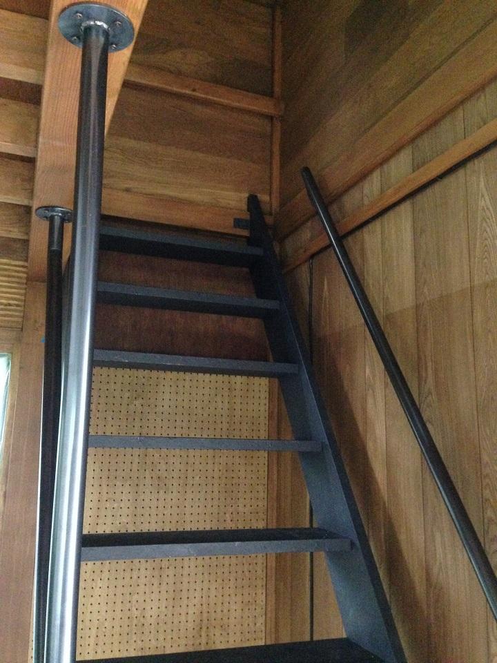 階段と手すり