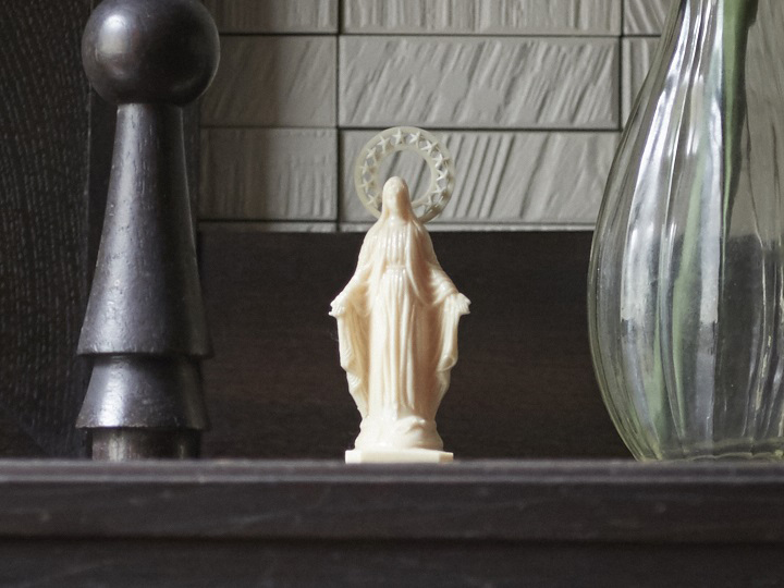 祖母の遺品のマリア像