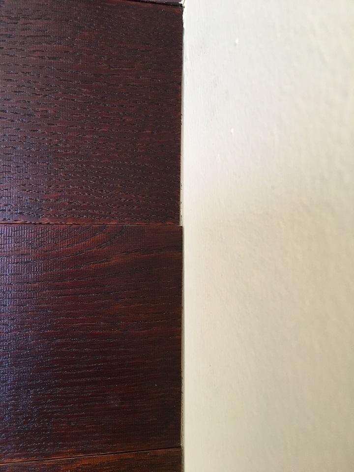 木材の幅にわずかなずれ