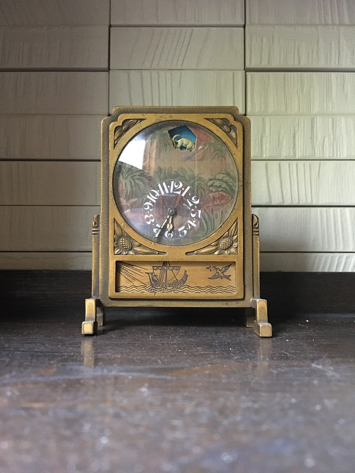 祖母の遺品の置き時計