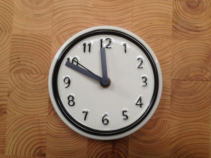 陶器の時計