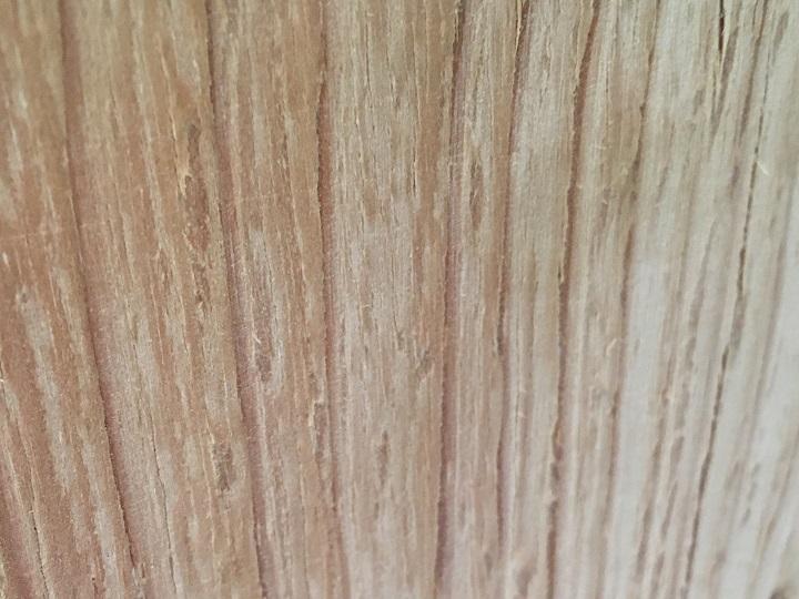 木材表面のザラザラ