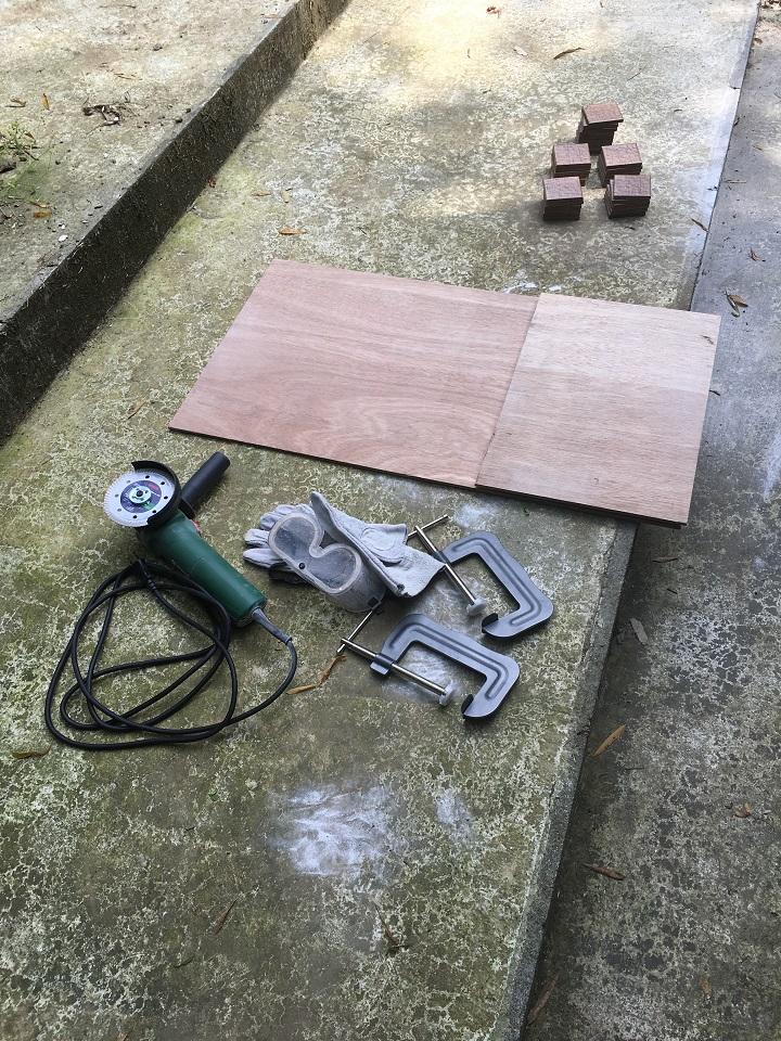 ディスクグラインダーなど施工道具一式