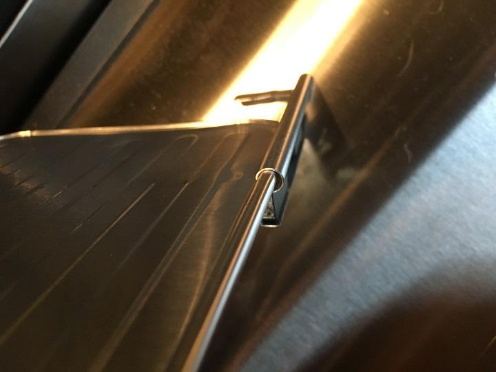 レンジすきまボードの固定用マグネット