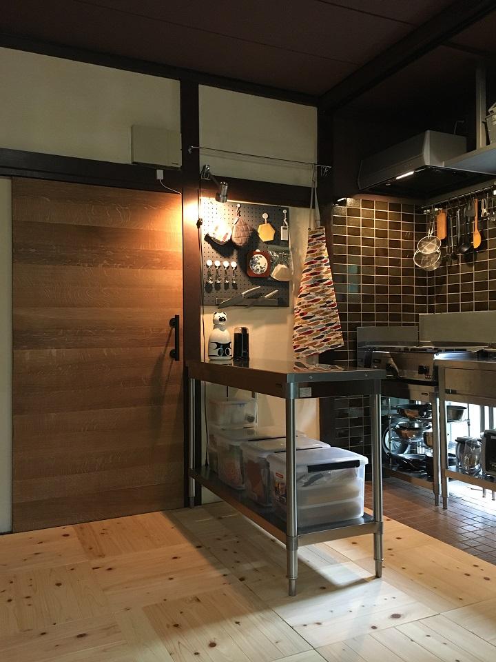 キッチンと新しい引戸