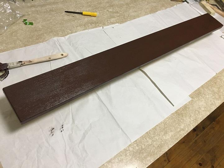 塗装済みの木材
