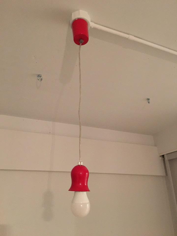 レトロペンダントライトの赤