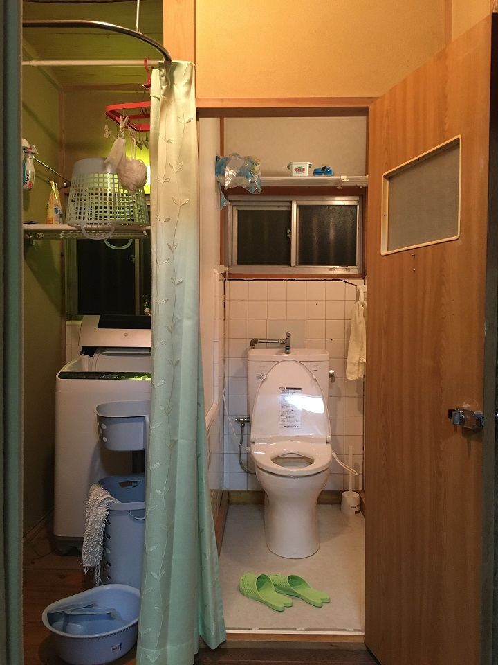 工事前のトイレ